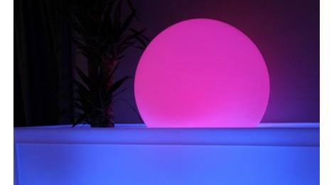 http://so-luz.com/130-thickbox_default/-boule-lumineuse-sans-fils-a-led-multicolore-30-a-120-cm.jpg